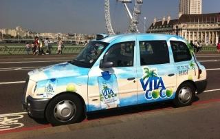 quảng cáo trên xe taxi các nước trên thế giới