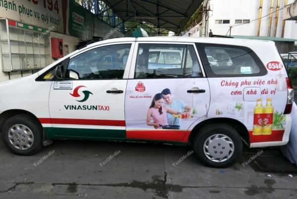 quảng cáo trên taxi Hồ Chí Minh