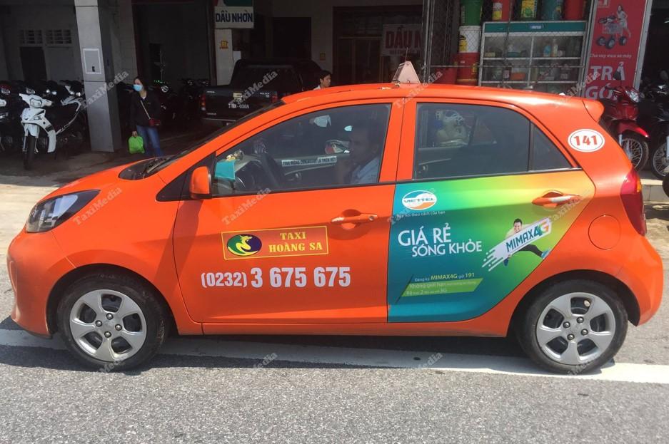 ngành viễn thông quảng cáo trên xe taxi