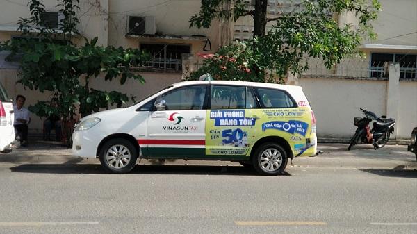 quảng cáo trên xe taxi tại Nha Trang Khánh Hòa