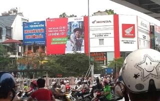 Những vị trí có mật độ giao thông đông đúc tạo hiệu quả cáo cho quảng cáo ngoài trời