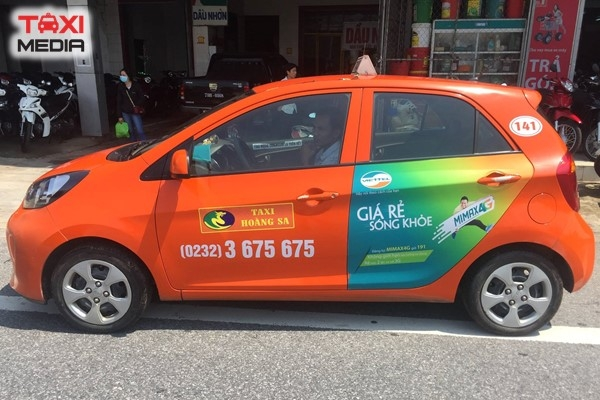 Quảng cáo trên taxi Hoàng Sa tại một số tỉnh miền Trung