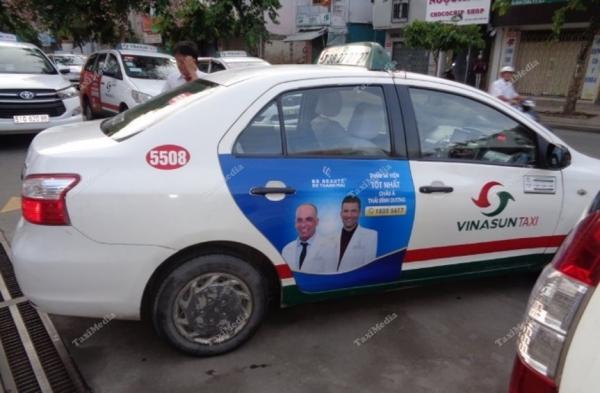 Thẩm mỹ viện BB Beaute Thanh Mai quảng cáo trên xe taxi VinaSun