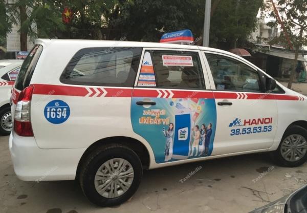 zalopay quảng cáo trên taxi group hà nội