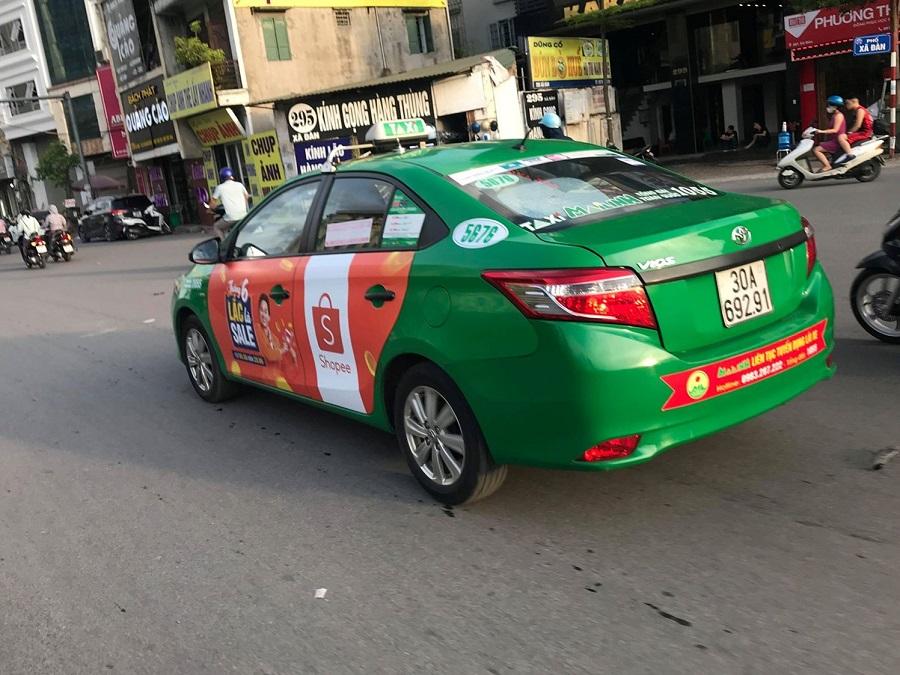 quảng cáo full 4 cánh taxi