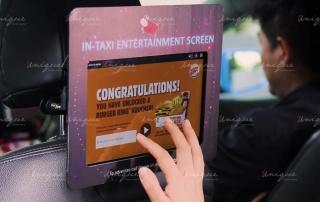 quảng cáo màn hình Lcd trên xe taxi