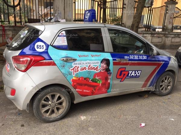 chiến dịch quảng cáo trên taxi của Vinmart trong dịp tết