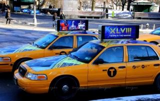 Quảng cáo màn hình Led trên nóc xe taxi