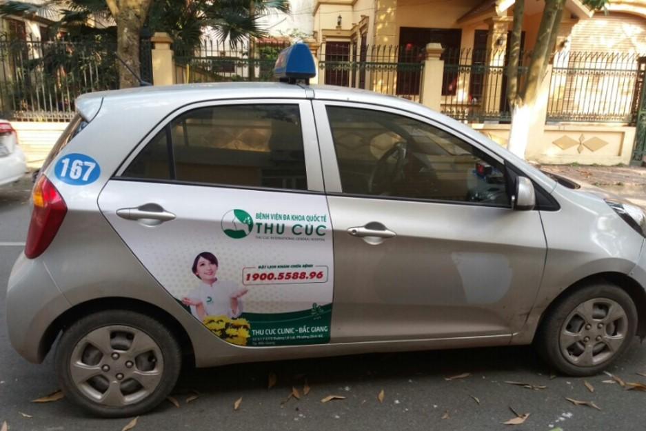 quảng cáo trên xe taxi tại Bắc Ninh