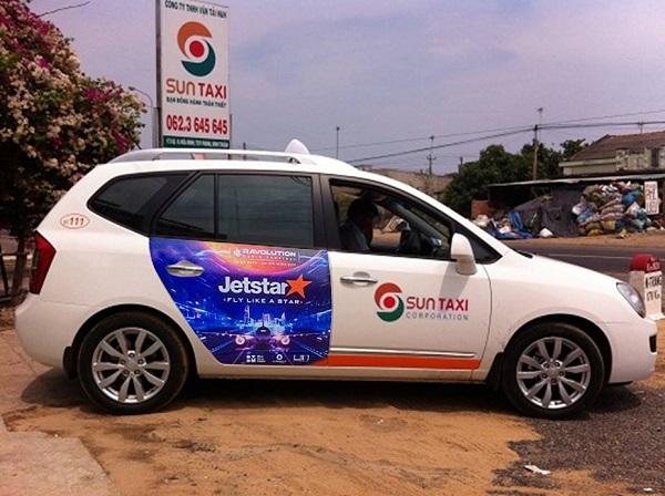 quảng cáo trên xe taxi tại Bình Thuận