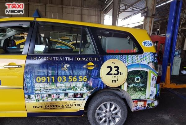 quảng cáo trên xe taxi