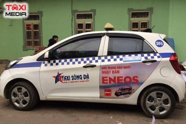 Quảng cáo trên taxi Sông Đà tại Hòa Bình