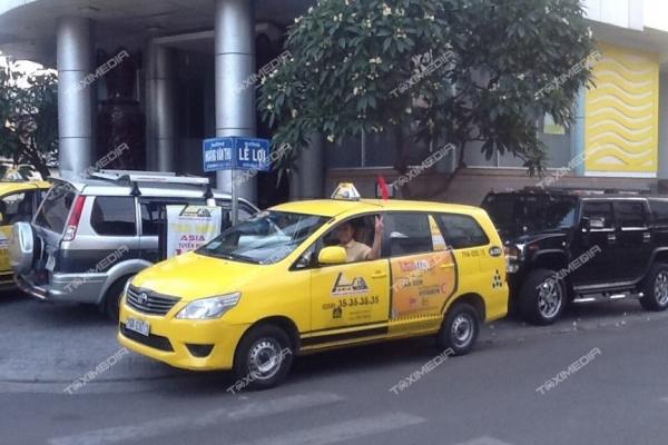 quảng cáo trên taxi Asia