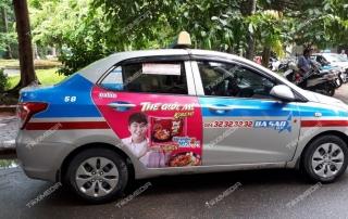 quảng cáo trên xe taxi tại