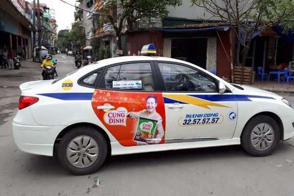 quảng cáo trên taxi tại Hà Nam