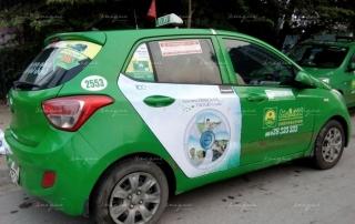 các ngành hàng quảng cáo trên xe taxi