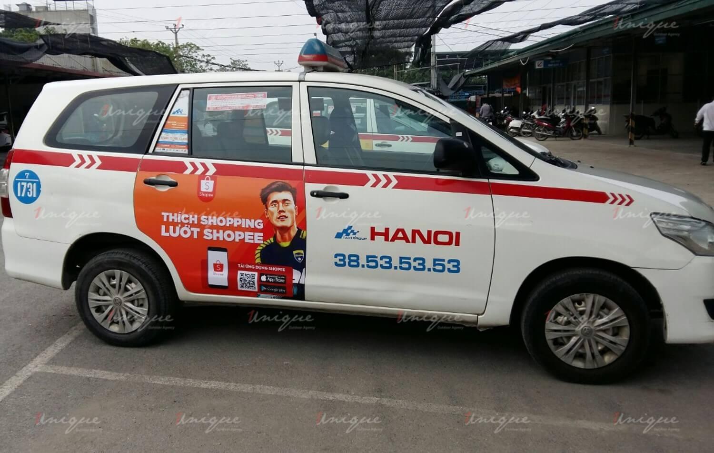 xu hướng quảng cáo trên taxi