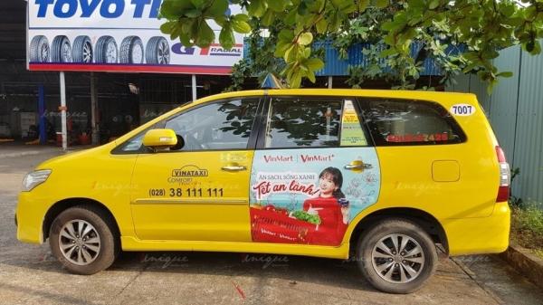 quảng cáo trên 4 cánh cửa vina taxi