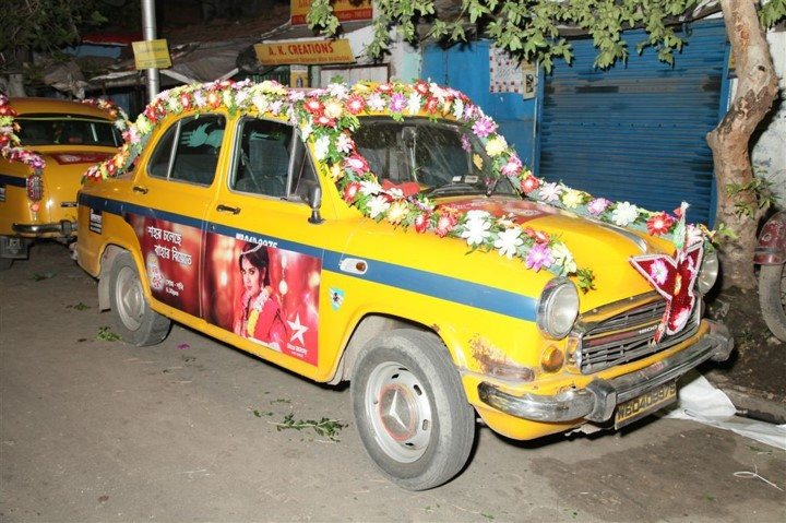 Star Jalsha quảng cáo trên xe taxi