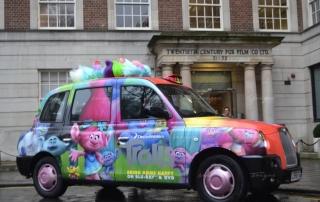 Chiến dịch quảng cáo trên xe taxi của Trolls