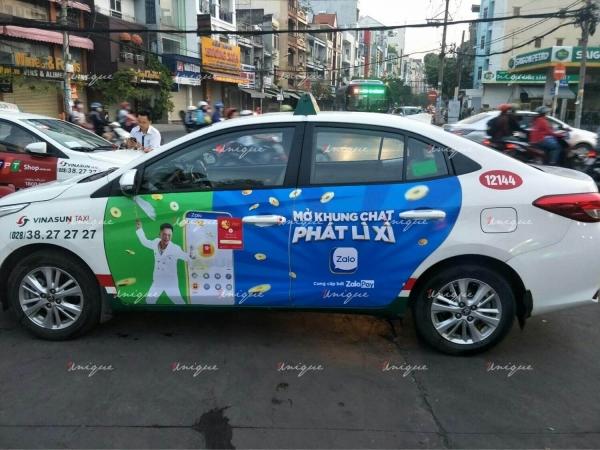 Chiến dịch quảng cáo trên taxi của ZaloPay dịp Tết 2021
