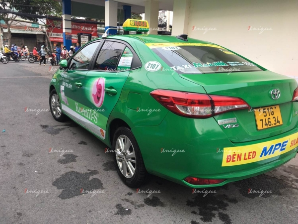 Thuốc dạ dày Kremil phủ sóng thương hiệu với chiến dịch quảng cáo trên taxi siêu khủng