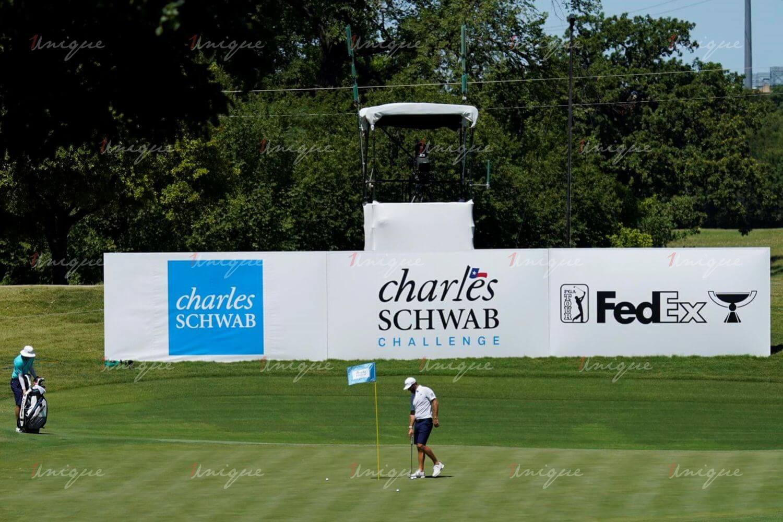 quảng cáo tại sân tập golf
