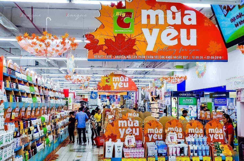 quảng cáo tại trung tâm thương mại siêu thị